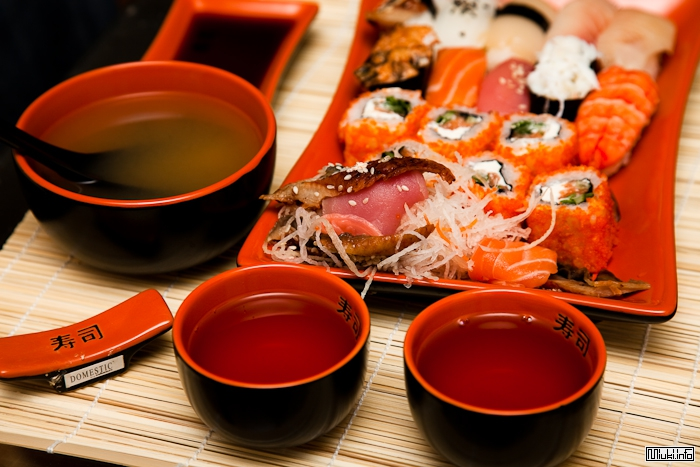 Японская кухня (история, традиции, ингридиенты)