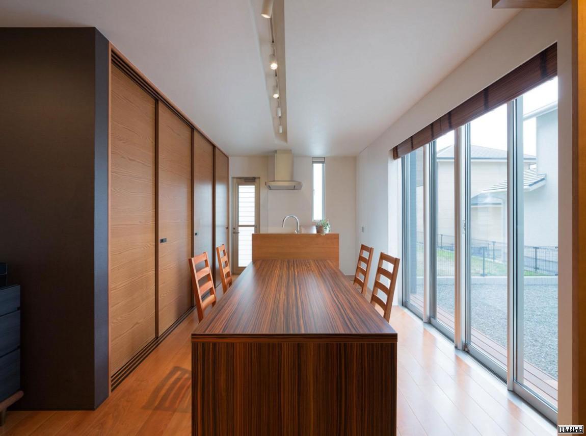 Современный дом в Японии с необычным черным экстерьером Architect Show