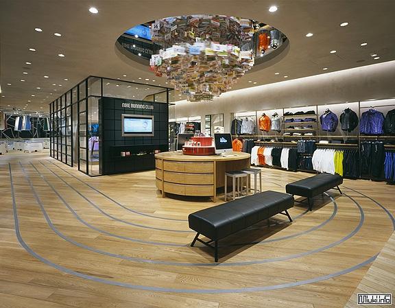Бутик Nike в одном из районов Токио