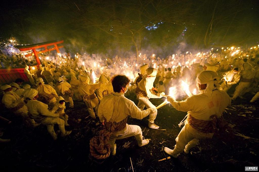 Ото Мацури - традиционный фестиваль огня в Японии