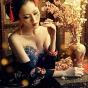 Девушка с традиционной прической