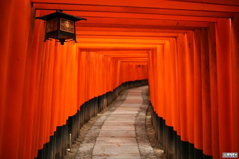 Фусими Инари Таися - Врата в иной мир